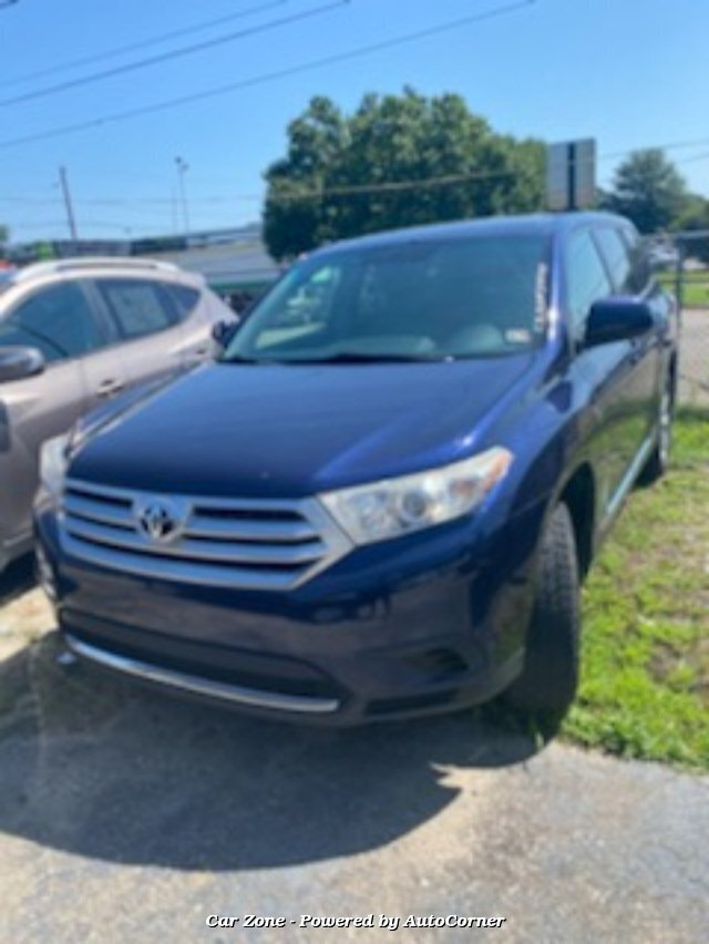 2011 Toyota Highlander Base 4WD 5-Speed Automatic